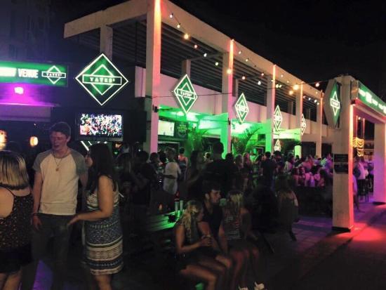 Foto de yates sports bar playa de las amricas yates sports bar yates sports bar aloadofball Gallery