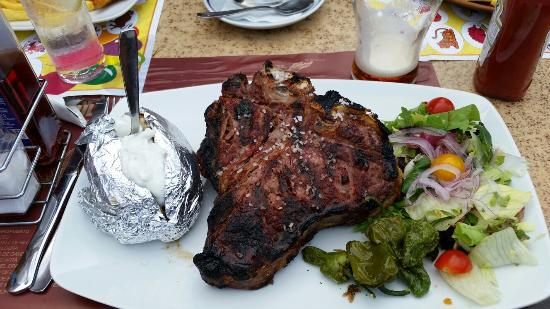 Tivoli Terrace : Huuuuge t-bone steak