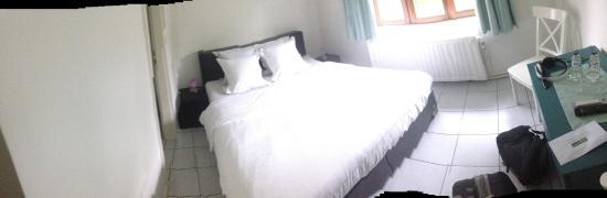 Hill De Bart: bed