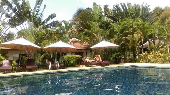 Easy Time Resort