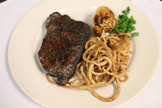 Ken Stewart's Lodge: Steak