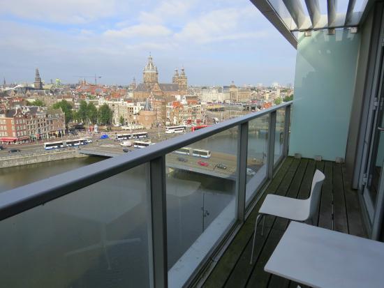 Foto De Doubletree By Hilton Hotel Amsterdam Centraal