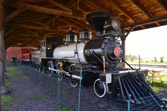 The Lake County Historical Society DMuseum : Ore Locomotive