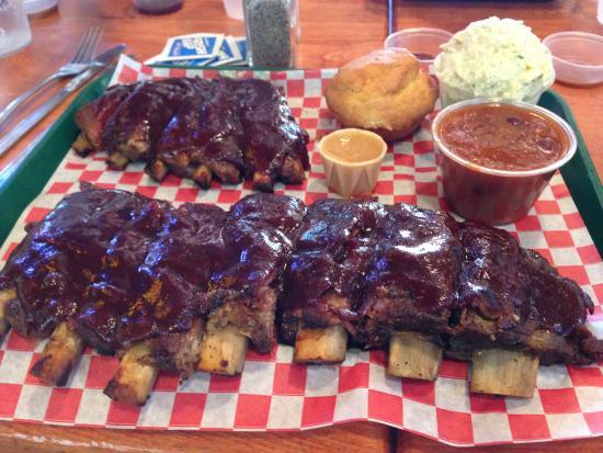 Mo's Smokehouse BBQ: costelinha deliciosa