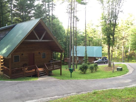 Cabins at Pine Haven: Best of West Virginia, 2 bedroom cabin