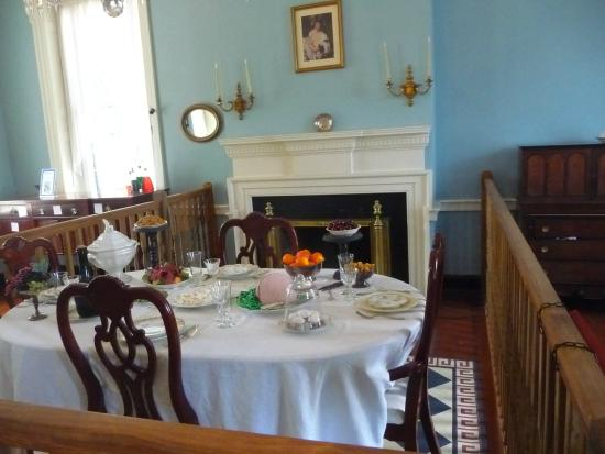 Rose Hill Manor Park & Museums: Dining Room