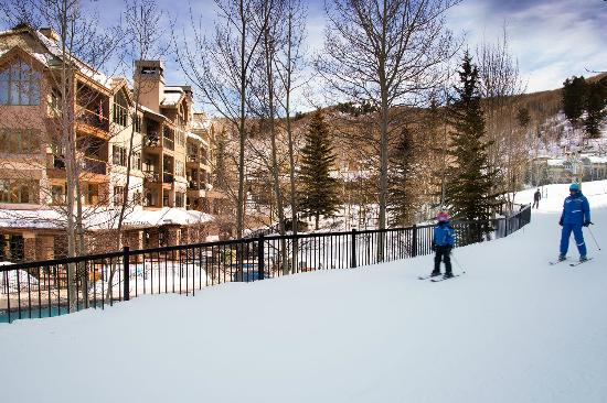 Highlands Lodge by Beaver Creek Mountain Lodging by East West : Highlands Skiway