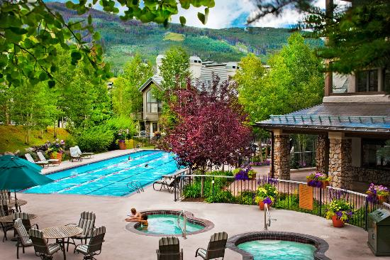 Highlands Lodge by Beaver Creek Mountain Lodging by East West : Highlands Lodge Pool & Hot Tubs In Summer