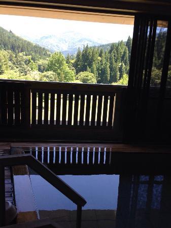 Shimine Onsen : 天望の湯と白山