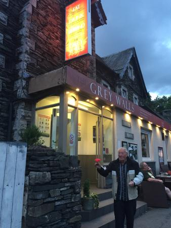 Grey Walls Restaurant : photo0.jpg