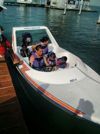 Barracuda Marina : Con la Familia para ir a esnorquear