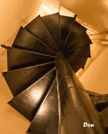 Cornwall, Canada: Spiral staircase from jail to courtrrom