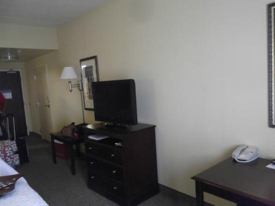 Hampton Inn Indianapolis Northwest - Park 100: Our room