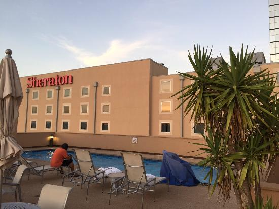 Sheraton Metairie New Orleans Pool Sundeck