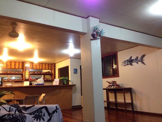 Hotel El Tajalin: Sala de estar super tranquila con tv cocina y hamacas excelente