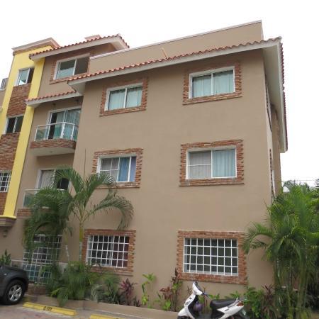 Hostel Punta Cana: Edificio Principal
