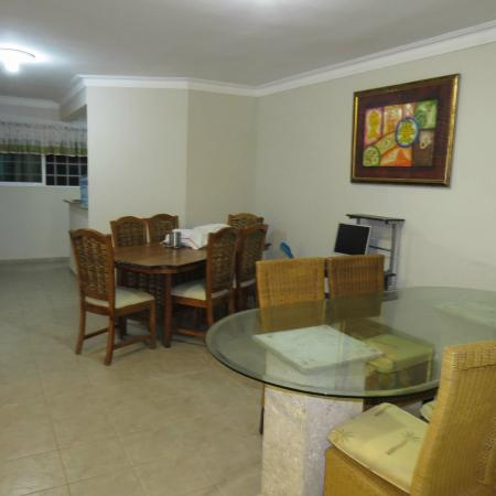 Hostel Punta Cana: Comedor y Desayunador