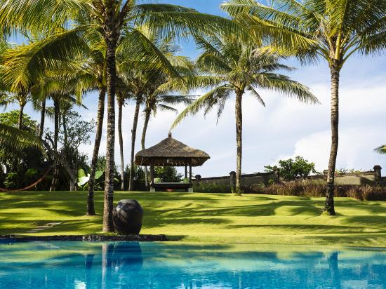 Villa Semarapura - Garden Bale in the Left Hand Corner of the Property