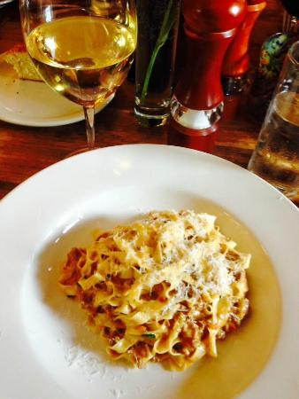 Emerson Grill: Fettucini Bolognese - really excellent hand-made pasta