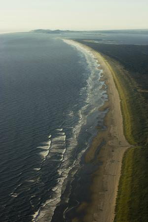 Discover Paragliding: View of Sunset Beach on the Oregon Coast while paragliding