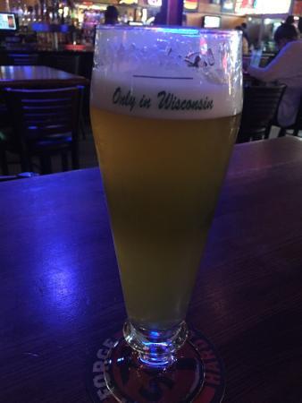 Delavan, WI: Brick House Bar and Grill