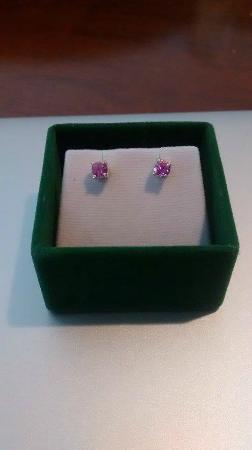 Salie's Fine Jewelery & Gem Stones