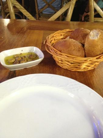 Gunaydin Kasap Steak House: zeytin tabağı