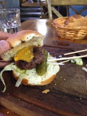 Gunaydin Kasap Steak House: mini burger