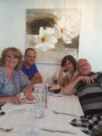 La Roche Chalais, Francia: Our family meal