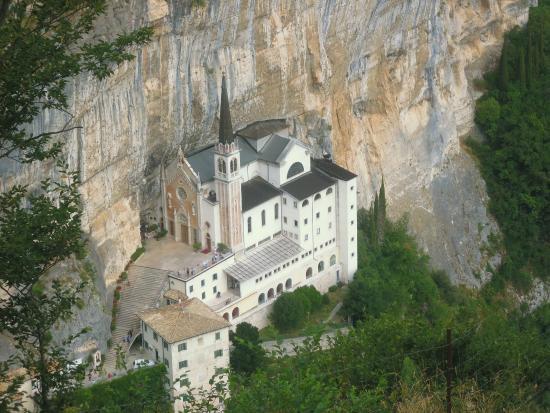 picture of santuario basilica madonna della