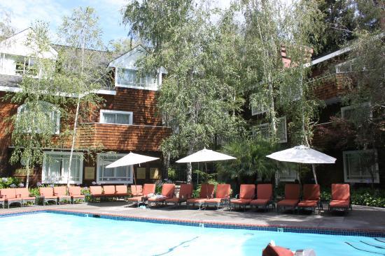 Stanford Park Hotel Pool