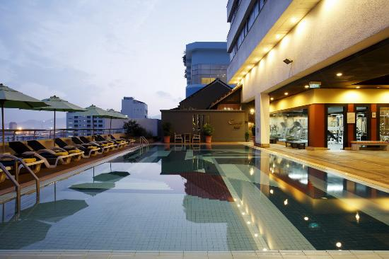 Centara Hotel Hat Yai: Swimming Pool
