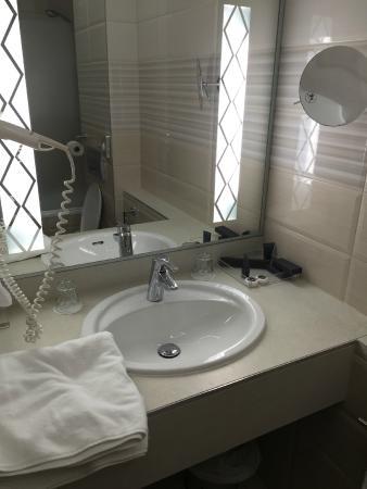 Carlton Hotel Budapest: ванная