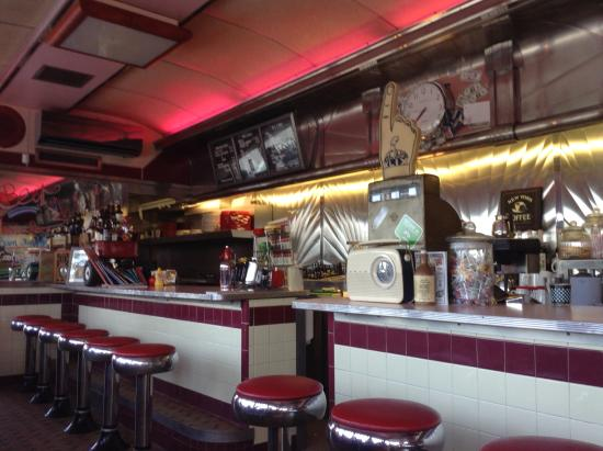 Fabulous Effort To Recreate An American Diner Picture Of