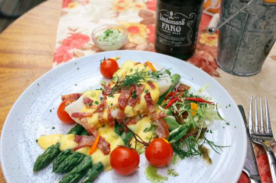 Retro Kohvik: Slow cooked cod