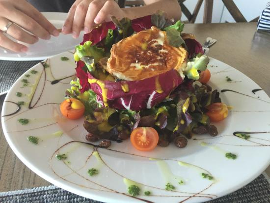 Restaurante La Sal: Ensalada de Queso de Cabra.