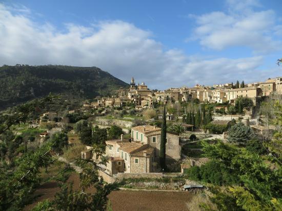 Es Petit Hotel de Valldemossa: The picturesque village of Valdemossa.