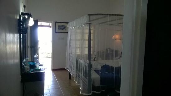 Rest House Matara : Comfy bed