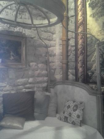 Chateau de Vedene : Living