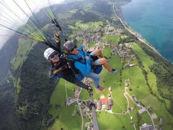 SkyGlide Paragliding Lake Lucerne : Geniales Erlebnis