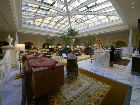 Four Seasons Hotel Lion Palace St. Petersburg: Чайная гостиная