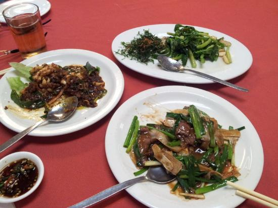 Swan Seafood Restaurant: Kam heong squid, kailan fried 2 styles & ginger and onion beef