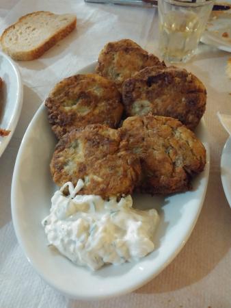 Ampeliki Restaurant: Frittelle di zucchine ....eccezionali!