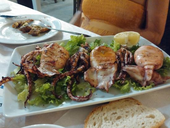 Ampeliki Restaurant: Calamari alla griglia