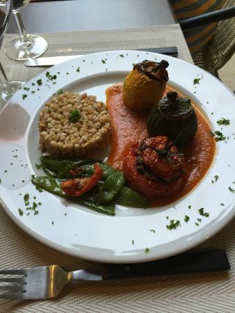Reillanne, Γαλλία: Les trois courgettes farcis