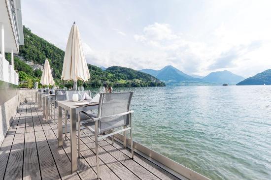 Hotel Vitznauerhof: Sens Terrasse