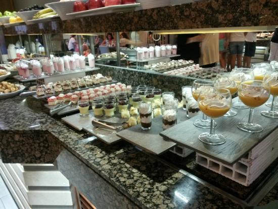Caballero Hotel: Buffet de sobremesas do jantar