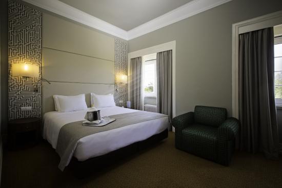 Photo of Hotel Miraparque Lisbon