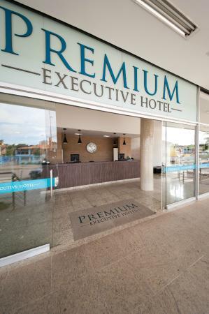 Premium Executive Hotel: Detalhe Entrada
