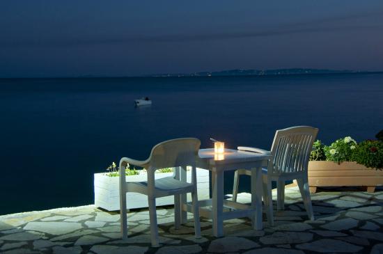 Hotel Mikros Paradisos: Mikros Paradisos